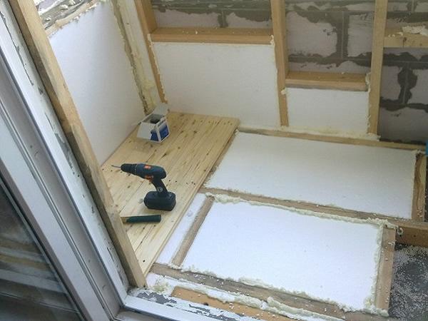 утеплять балконы пенопластом фото