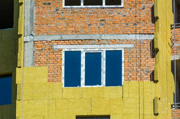 утеплять наружные стены дома