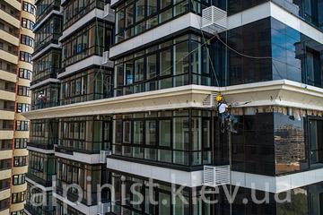 Основные моменты в монтаже светодиодной ленты на здании джек хаус фото
