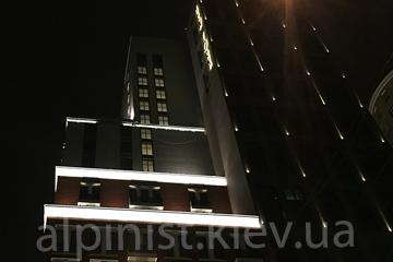 монтаж осветительных приборов ЖК New York House фото