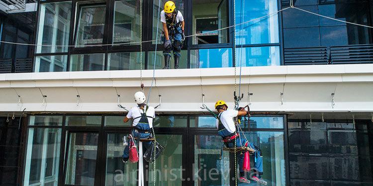 монтаж светодиодной ленты на фасаде джек хаус фото слайдера 2