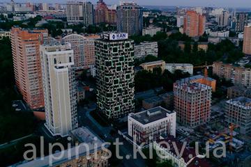 подсветка фасадов зданий в Киеве. ул. Деловая 2