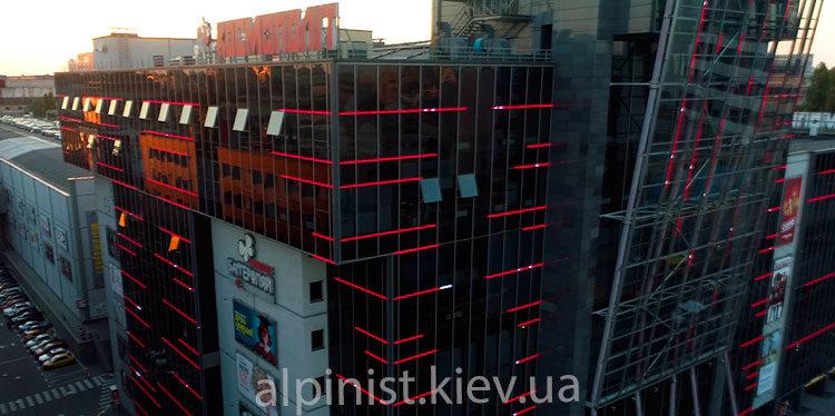 итог нашей работы по монтажу освещения на большивике в Киеве
